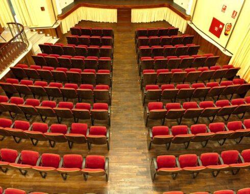 Teatro OLIVARES VEAS